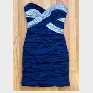 BCBG STRAPLESS SWEETHEART RUCHED MINI DRESS: XS